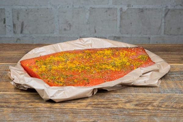 Gebeizter Lachs mit Gin & Orange